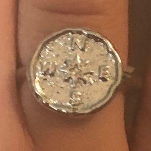 Compass fashion ring sz 6